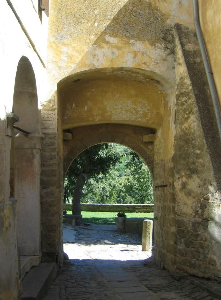 Dorf-Tor