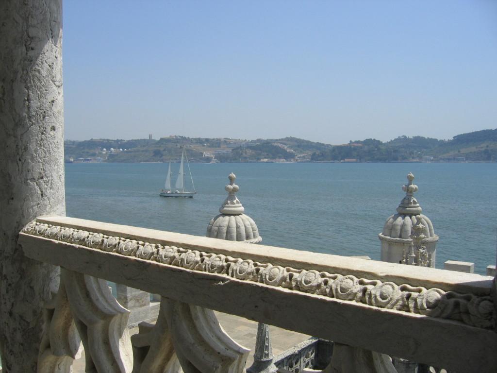 Blick vom Torre auf den Tejo