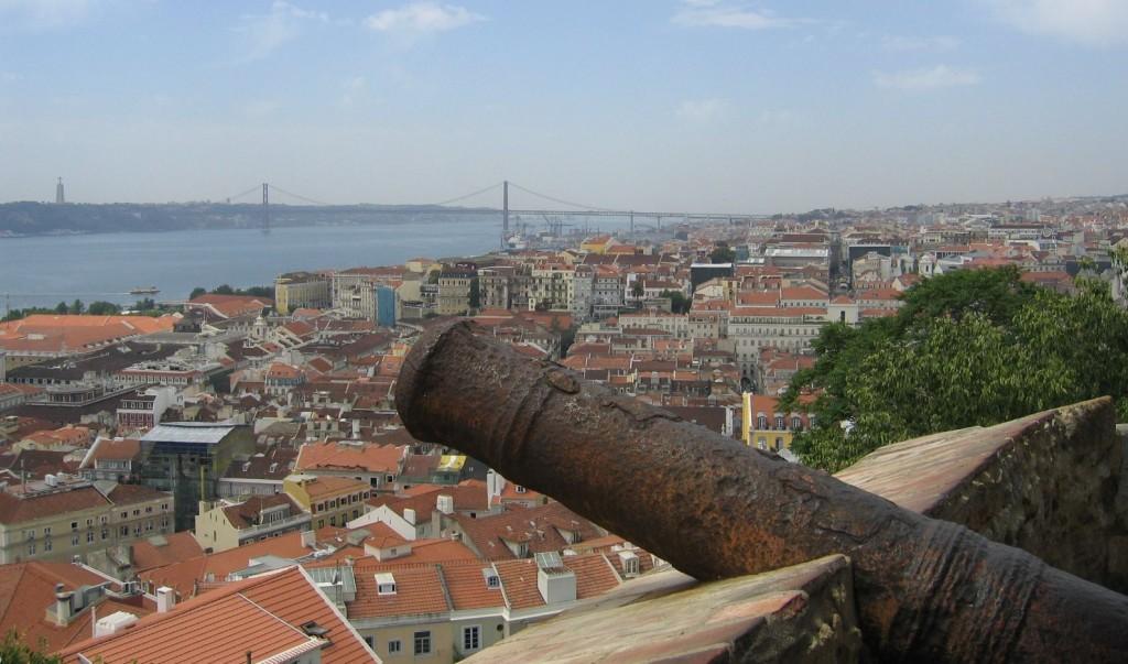 Ausblick vom Castelo auf Lissabon