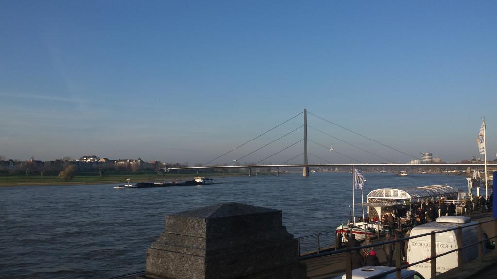 an der Rheinpromenade