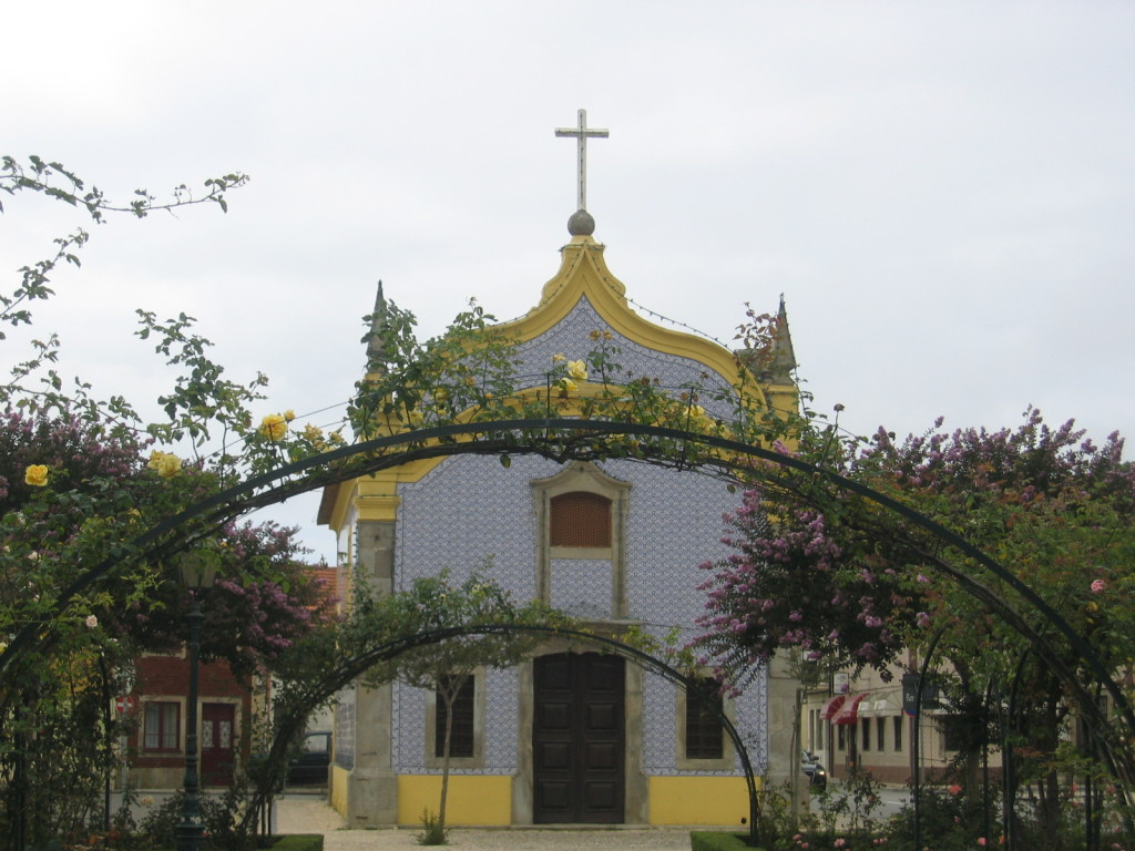 Kapelle am Rosengarten