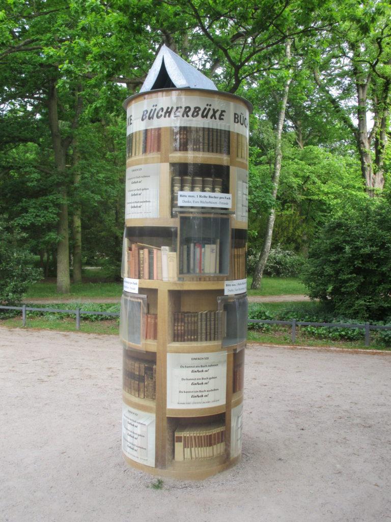 Bücherbüxe