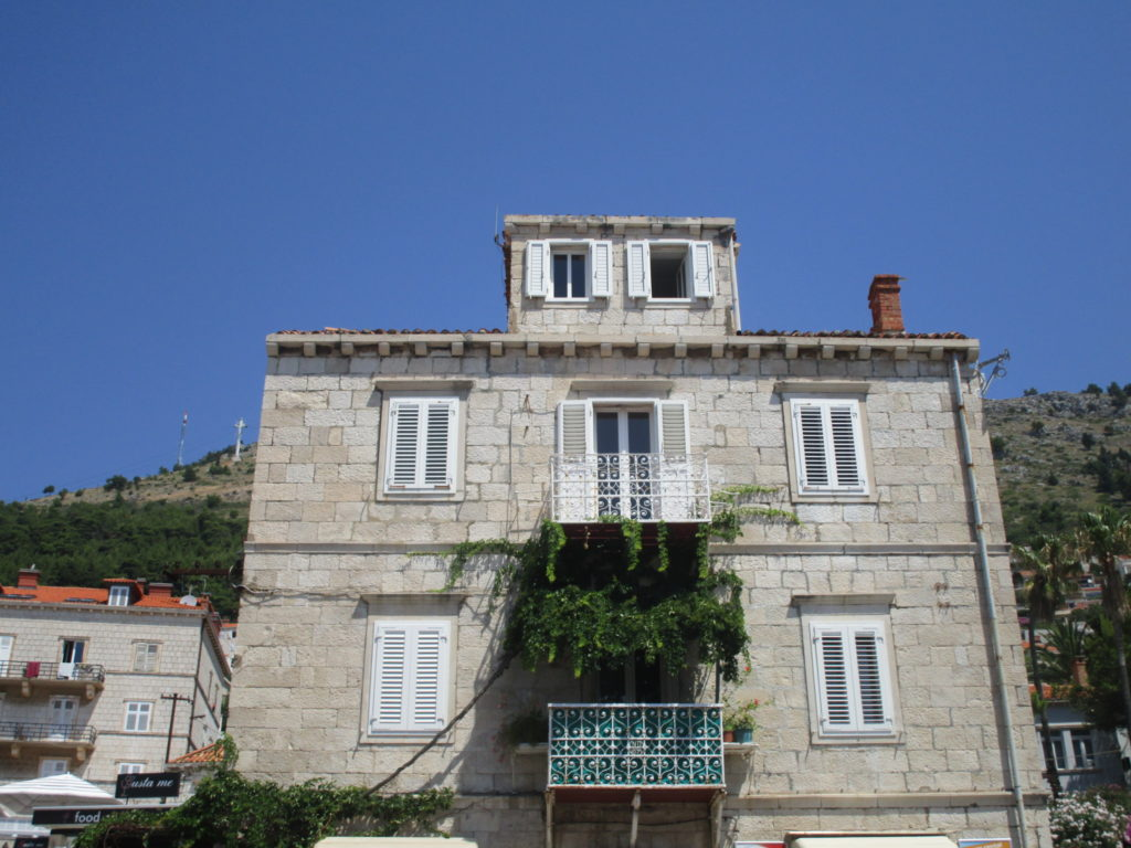Haus vor dem Ploce Tor