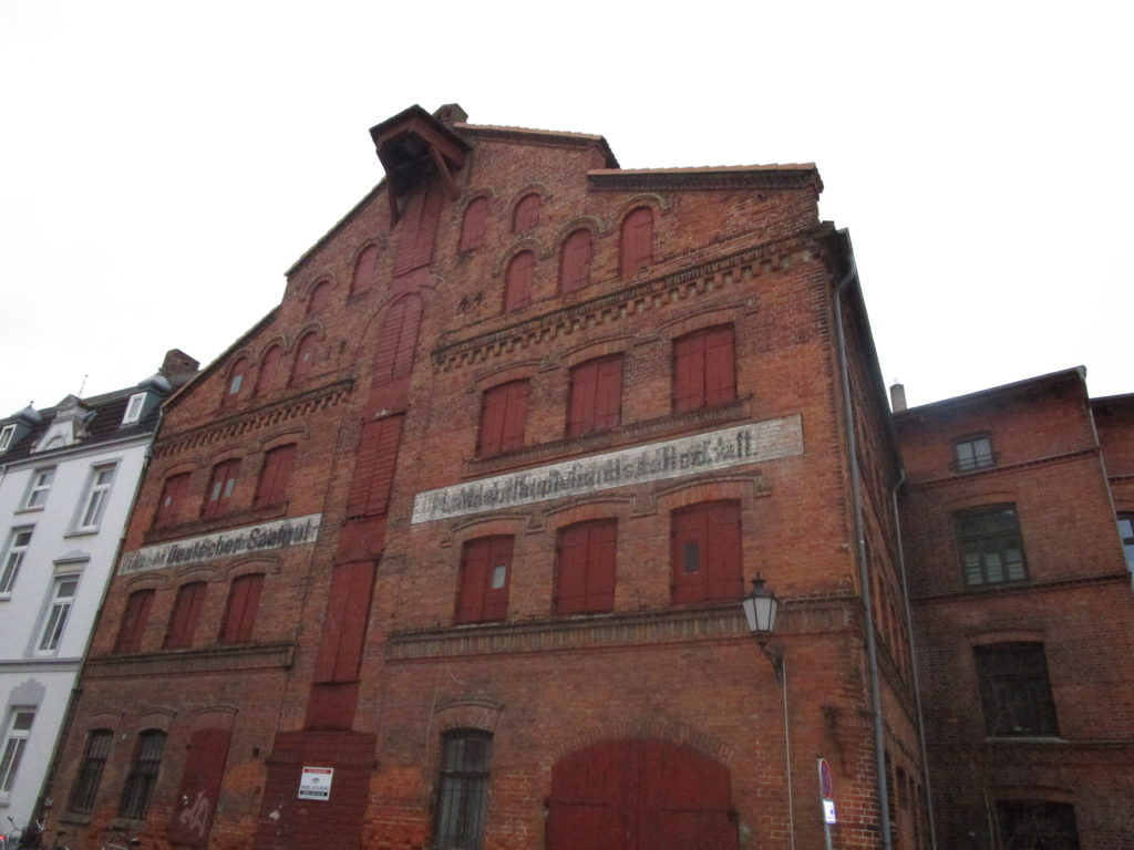 Schönes Backsteinhaus
