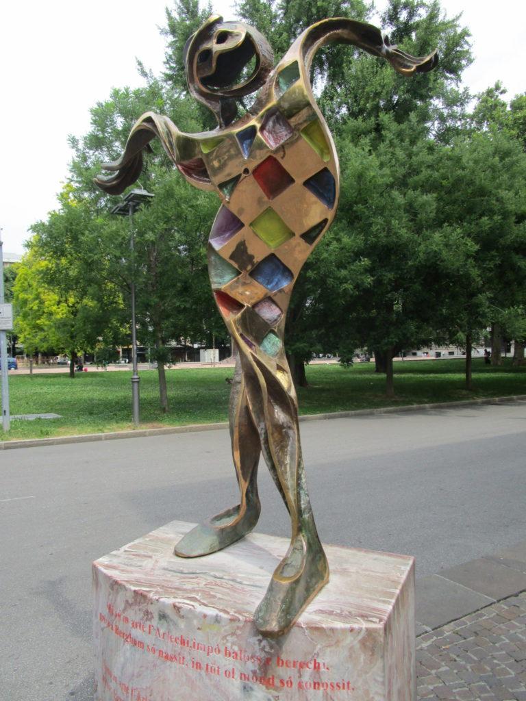 Bergamo Skulptur