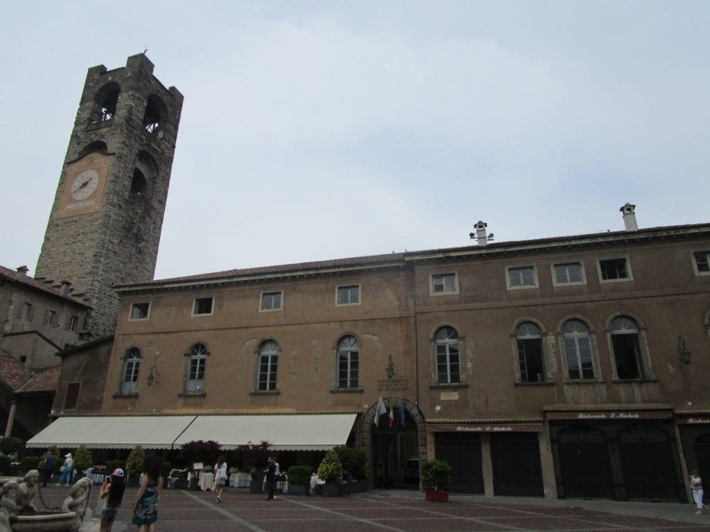 Citta Alta Piazza Vecchia
