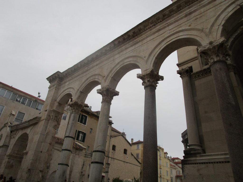 Peristyl