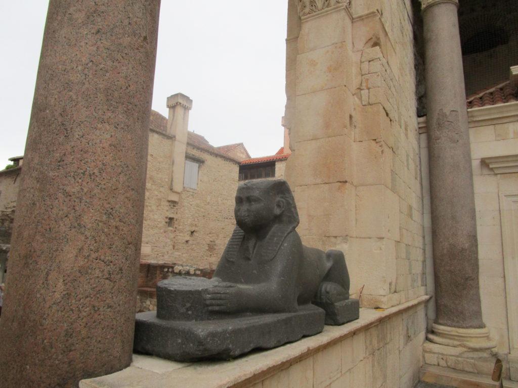 Schwarze Sphinx