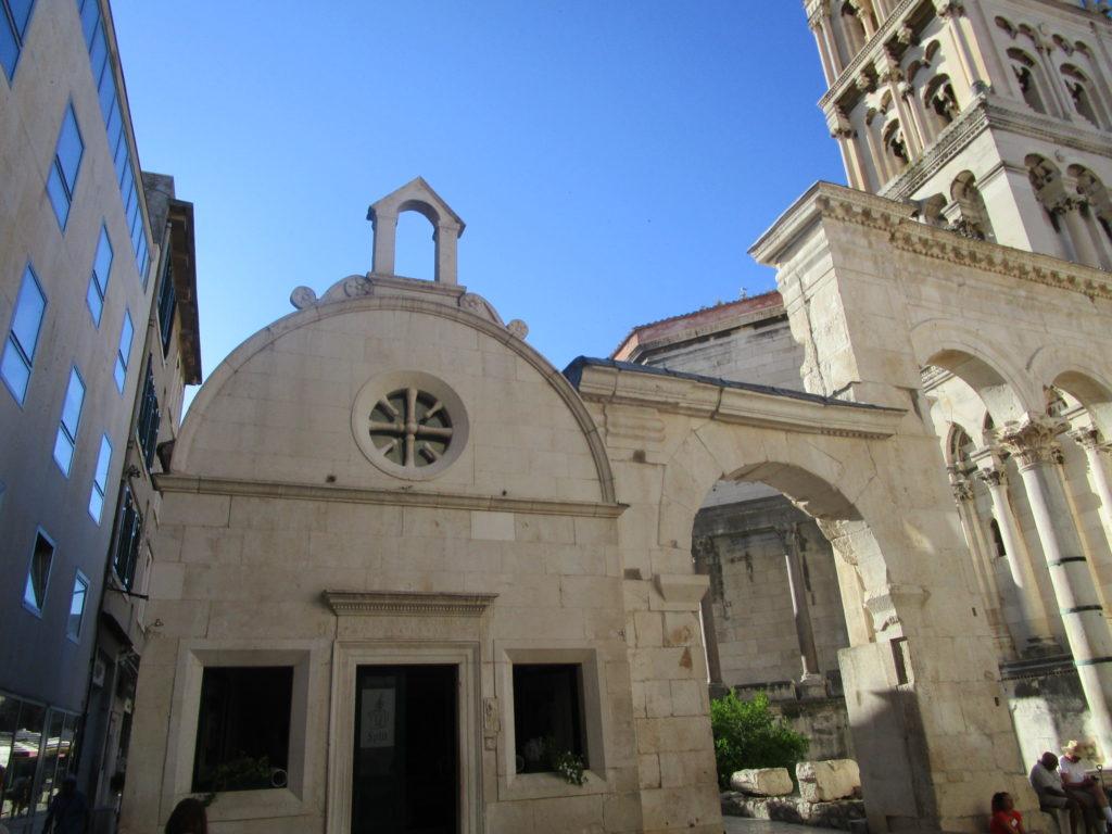 St. Roche